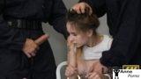 Suçlu Kıza Cezasını Kendileri Kesti